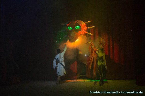 MEDRANO LA LEGENDE DU DRAGON  METZ  2018 spectacle