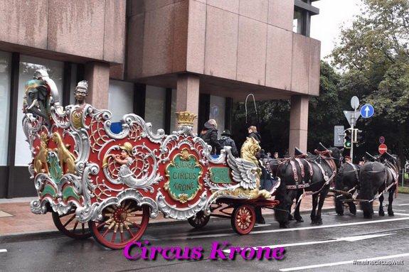 CIRCUS KRONE char