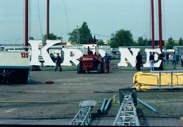 CIRCUS KRONE 2004 montage