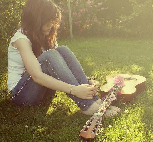 Le soir dans ma chambre, j'aime réinventer ma vie. Mais de toute façon, à la fin je m'imagine toujours avec toi.