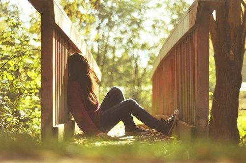 L'amour est l'état où le bonheur d'une personne est indispensable au vôtre.