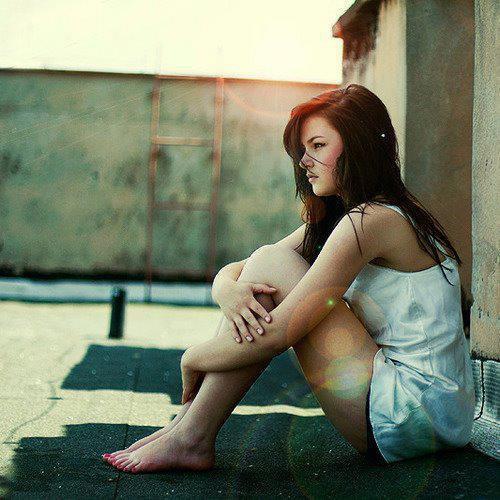 Ne jamais dire adieu, car dire adieu signifie partir, et partir signifie oublier