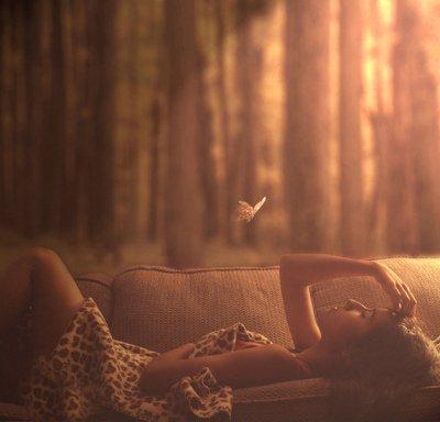Chaque homme a dans le coeur un vide, une entaille, un sentiment d'abandon et de solitude.