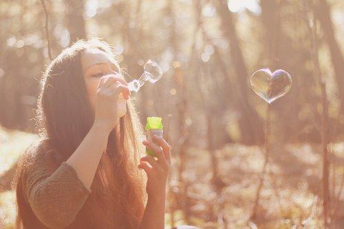 Ne jamais faire de place à un sentiment d'amour entre meilleurs amis car celle-ci n'est jamais réciproque...