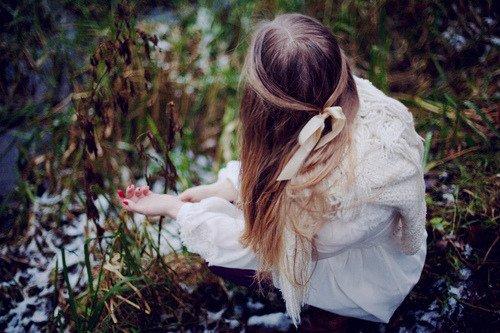 Je te vends mon âme, fais de moi ce que tu veux, en retour donne moi la chance d'être mieux Je te vends mon âme, prends ma vie et mon paysage, en échange je veux voler ton visage
