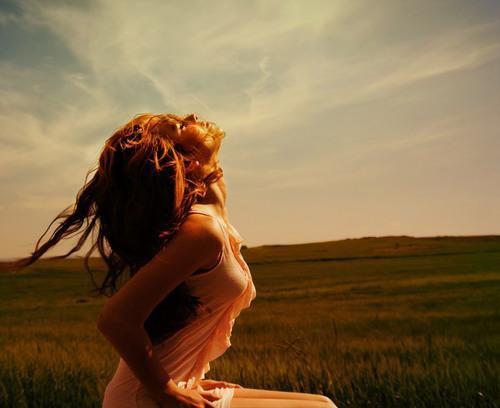 La vie a bien plus d'imagination que nous tous réunis, elle est parfois porteuses de petits miracles, tout est possible, il suffit d'y croire de toutes ses forces.
