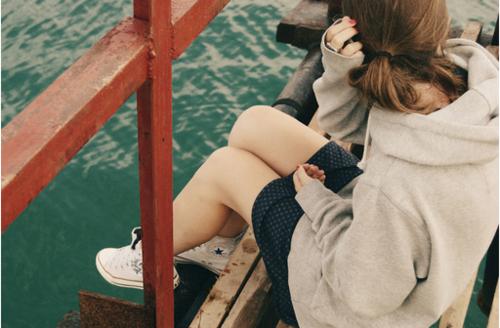 Conquérir sa joie vaut mieux que de s'abandonner à la tristesse.