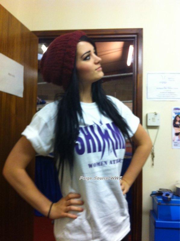 Elle dans les Backstages .