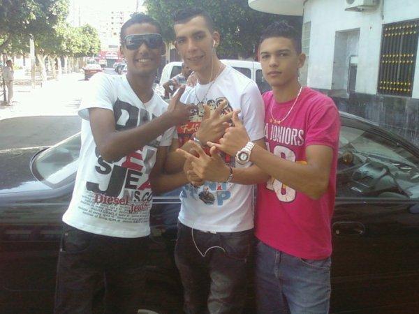 THE 3 STARS