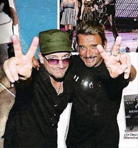deux  légendes bono de (u2) et notre johnny national