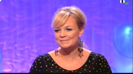 Emma Bunton - Dancing On Ice - S06 E6 - 13.02.2011