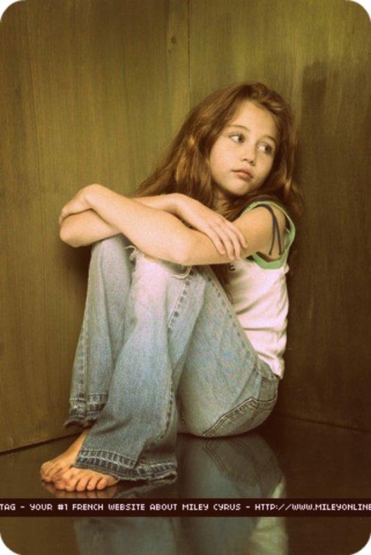 << On se souvient des meilleurs moments de notre enfance même si ça toujours était difficile... >>