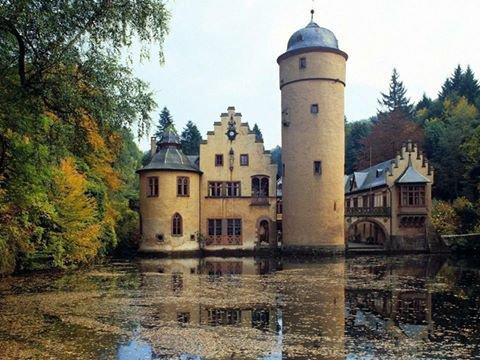 Château de Mespelbrunn