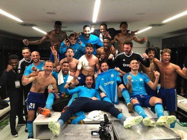 A vaincre sans péril, on triomphe sans gloire !!!! C'est ça l'OM !!! On est en finale, bravo à toute l'équipe !!! #AllezLOM ?⚪️?