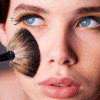 7 astuces seulement, pour réussir son maquillage !