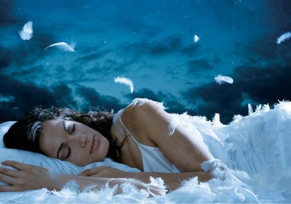 Une légende dit que quand vous ne pouvez pas dormir la nuit, c'est que vous êtes éveillé dans le rêve de quelqu'un d'autre.