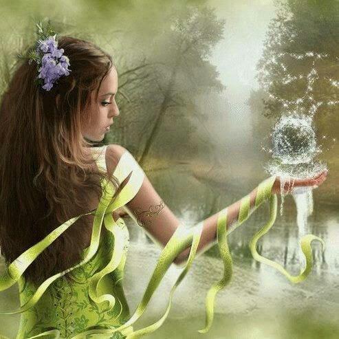 Le corps d'une femme est un prodigieux écrin, renfermant des trésors aux milles et un parfum.Les arômes qui s'en dégagent de sa peau vous envoûtes sans permission, vous emportant dans le jardin des délices…