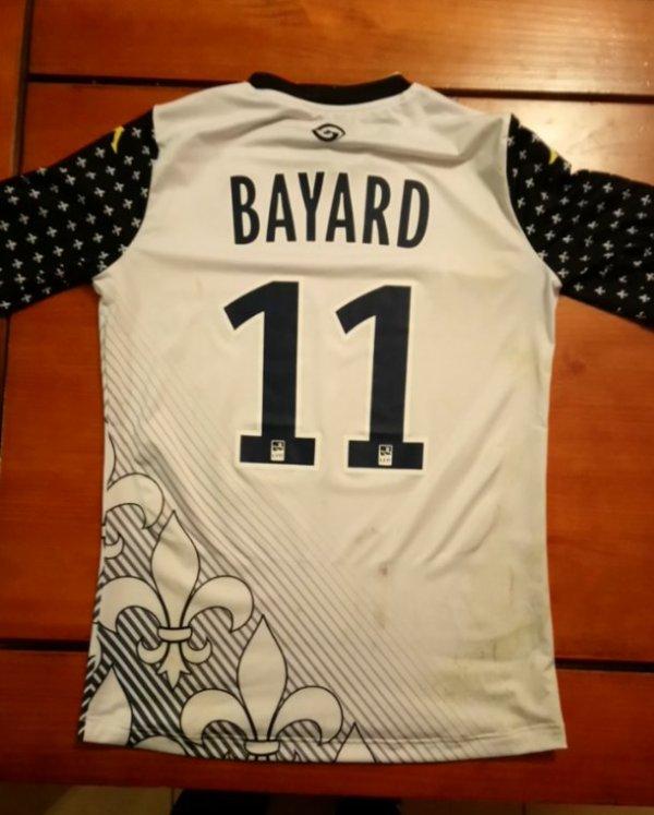 Maillot porté par Romain Bayard du FC Tours en ligue 2. Match du derby Chateauroux / Tours du 17 Novembre 2017.