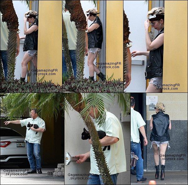 _  2MAI .:. La belle Lady Gaga allant en répétition à Ft. Lauderdale en Floride.  _