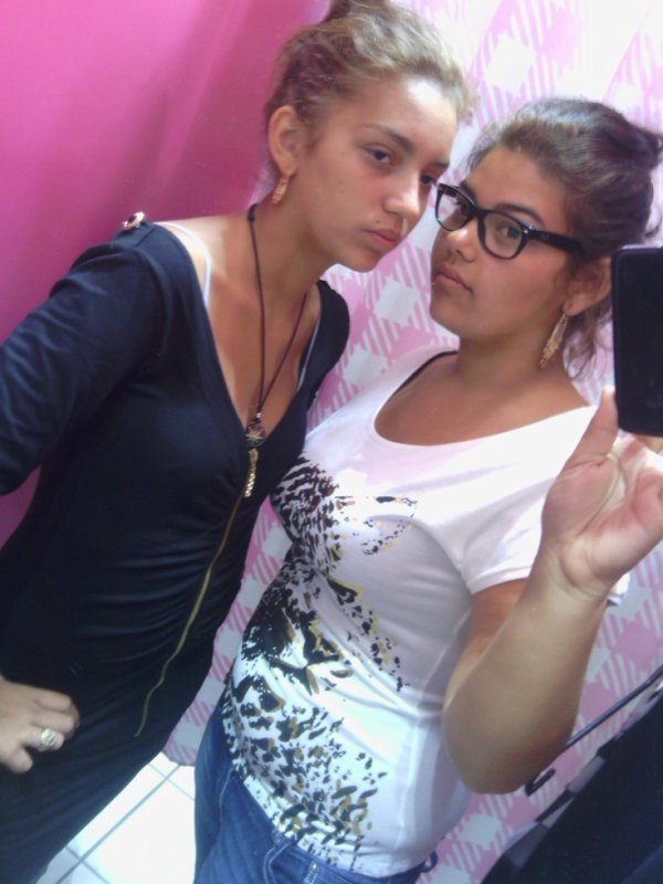 yo y mi hermana A mí me gusta
