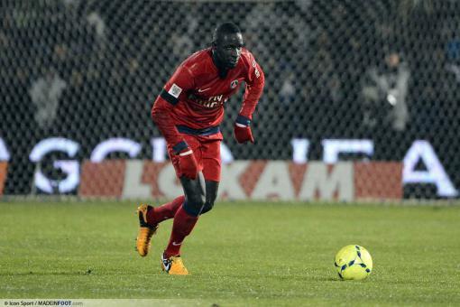 Paris s'impose contre Lorient, avec Mamadou Sakho au gardien (1-3)