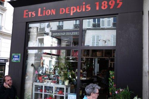Ets Lion - L'aristide - La Flûte de pain ( Metro abesses, Quartier Montmarte, Pigalle, 18ème)