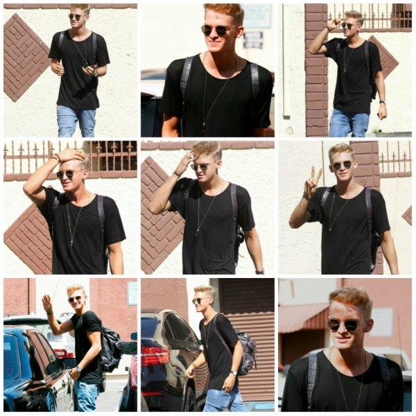 13 mai: Cody s'arrête par le studio de danse de Dancing with the Stars finales pratique