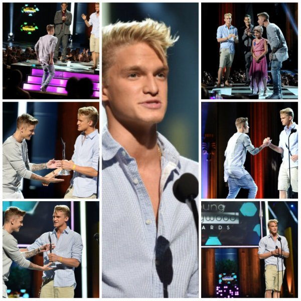 Cody Simpson présentant Justin Bieber avec le «Champ de la Charité 'Award à 2014 Young Hollywood Awards