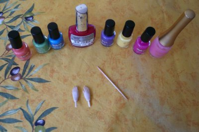 Tuto n°1: Manucure pour pullip