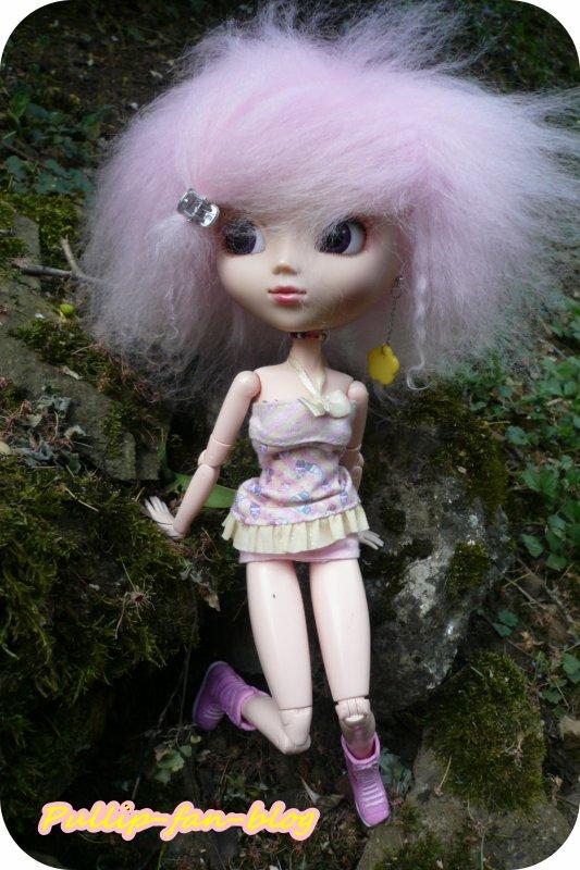 Shany dans le jardin