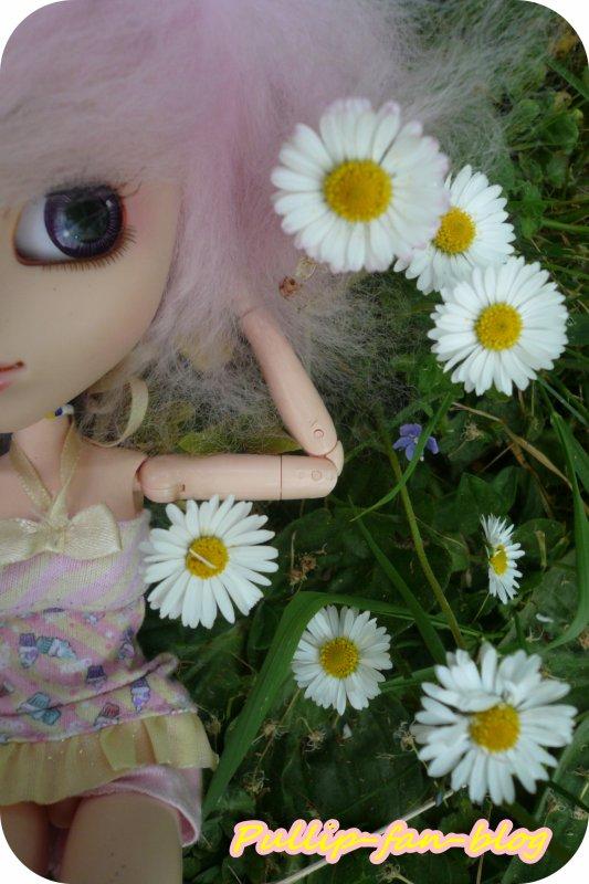 Shany dans le jardin [Suite 2]