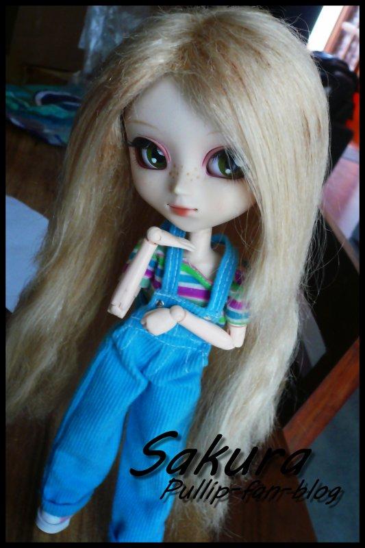 Sakura & sa nouvelle wig :)