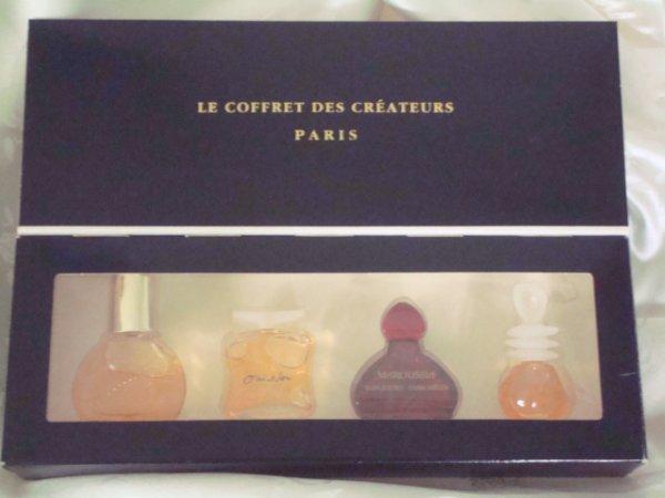 LE COFFRET DES CREATEURS - une touche de Naf Naf - Maroussia de ZAITSEV - Oui Non de KOOKAI - Vanderbilt de Goria VANDERBILT