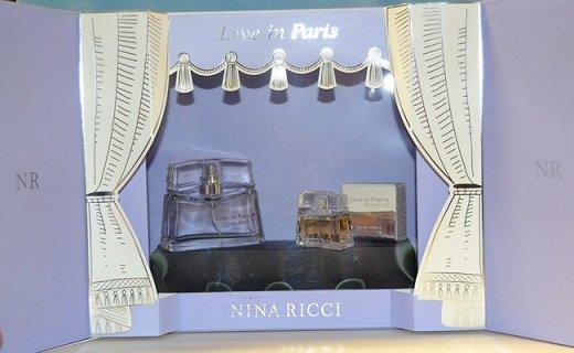 RICCI - LOVE IN PARIS - Petit théâtre