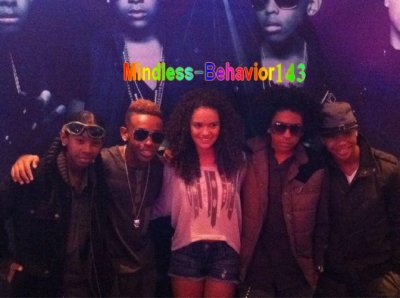 Mindless Behavior & Madison pettis et une Poeme De Rayray