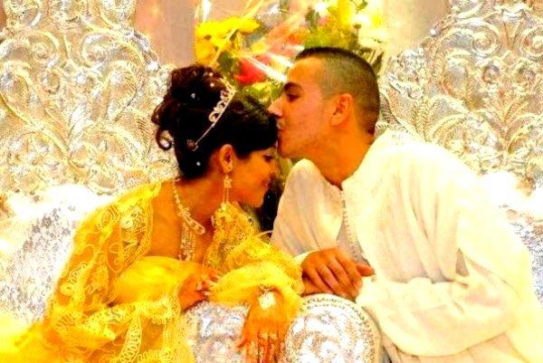 KELYA / LAMBiiANCE TEH LES MARiAGE !!  (2011)
