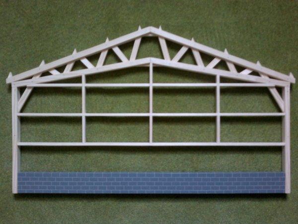 hangar bois 1/32 ferme triangulée + mur.