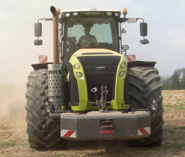 claas xérion 5000.