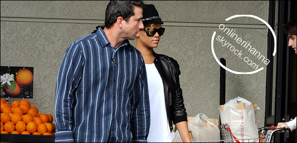 » 11 Jan | Rihanna quitte « Gelson's Market » à Los Angeles