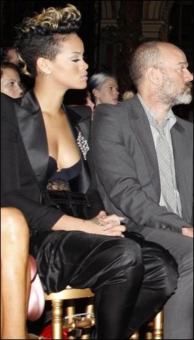 » News | Rihanna payée 100 000 dollars pour une place