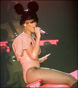 » 19 Mai | Rihanna à Glasgow, Royaume-Uni