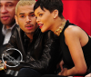 » 25 Déc | Rihanna et Chris Brown à un match de basket