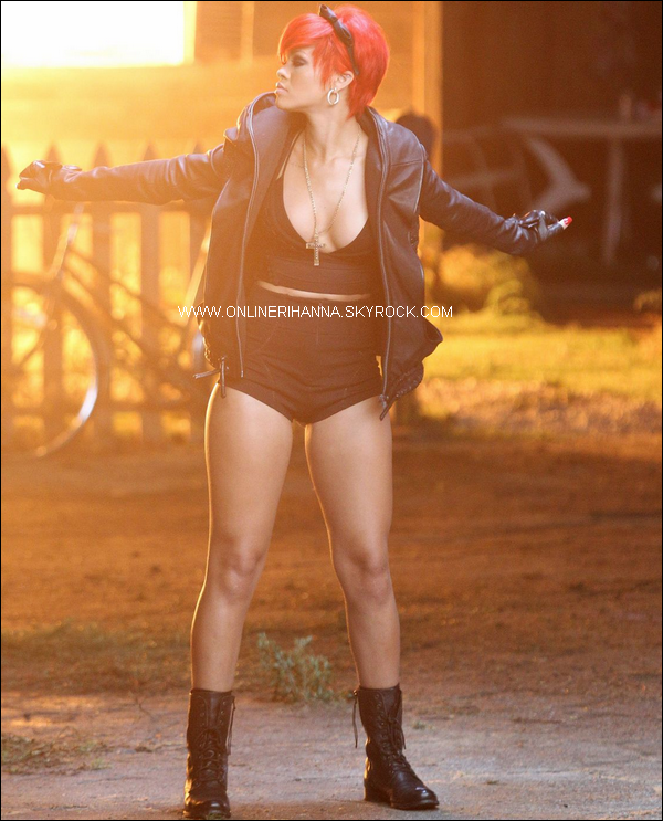 » 20 Jui | Rihanna sur le tournage de Love The Way You Lie