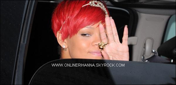» 12 Août | Rihanna quitte son hôtel