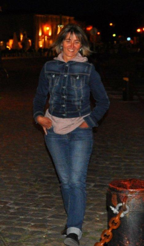 la star Cathy en promenade ....