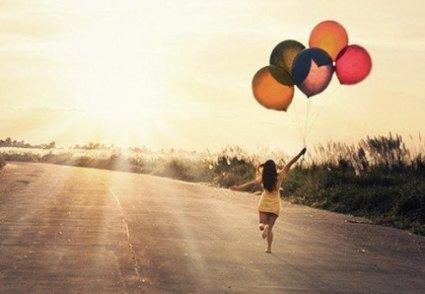 On ne regrette pas les personnes qu'on a aimées. Ce qu'on regrette, c'est la partie de nous-même qui s'en va avec elles.
