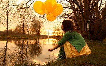 """« Je sais pourquoi les gens s'attachent aux souvenirs. C'est parce que c""""est la seule chose qu'ils ne pourront jamais changer. » ♥"""