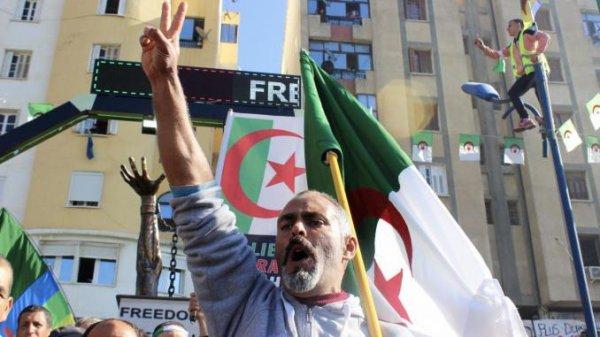 """Spécial """"Vague d'arrestation en Algérie.."""" - Image n° 1/2 !..."""