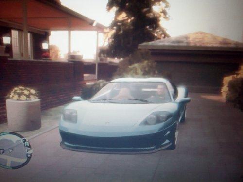 ma voiture dans GTA4