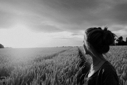 L'une des choses les plus terrifiantes de la vie, c'est quand tu réalises que la seule personne qui puisse te sauver, c'est toi même...